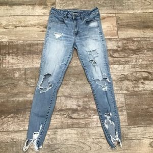 American Eagle | high rise distressed jeans